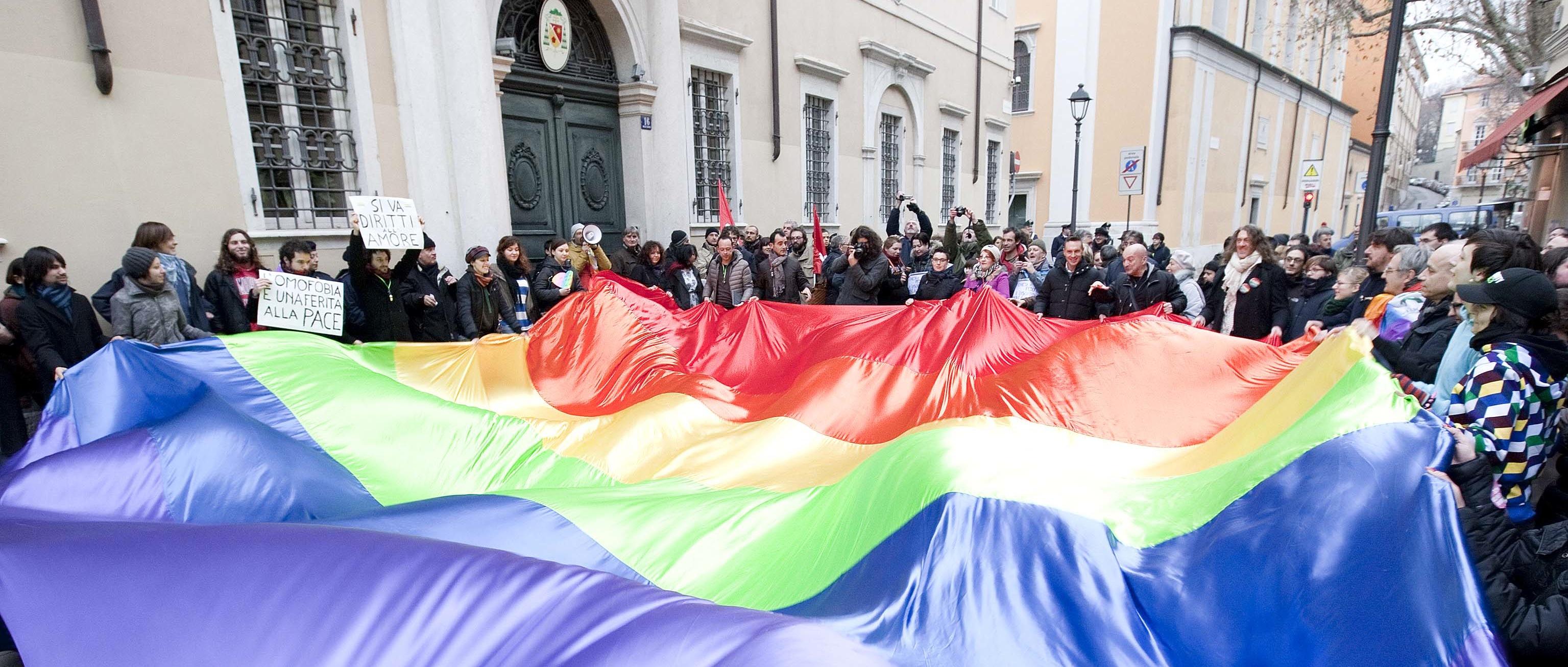Manifestazione Arcigay e Arcilesbica del Friuli Venezia Giulia