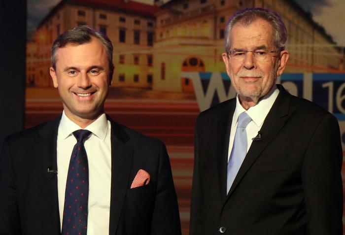 FILE - In this May 19, 2016 file picture Norbert Hofer of Austria's Freedom Party, FPOE, left, and Alexander Van der Bellen, candidate of the Austrian Greens, wait for the start of a TV debate in Vienna, Austria. An Austrian court on Friday  July 1, 2016  overturned the  presidential election result and called for  rerun. (ANSA/AP Photo/Ronald Zak,file) [CopyrightNotice: Copyright 2016 The Associated Press. All rights reserved. This material may not be published, broadcast, rewritten or redistribu]